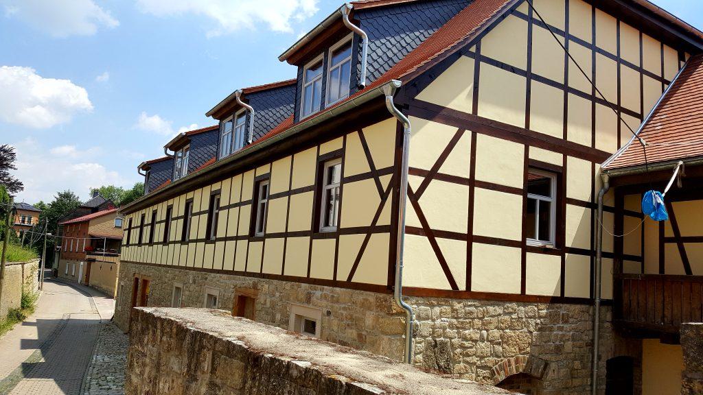 Fasssaden- Kalkputz- Sanierung Niederroßla Mühle